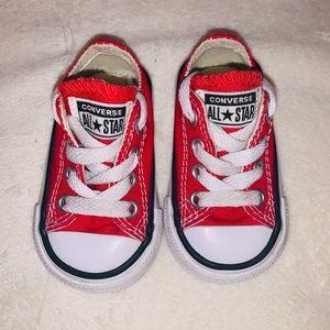 Infant Converse sz2